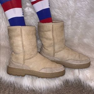 Ugg Ultra Short Revival tan leather boots 8